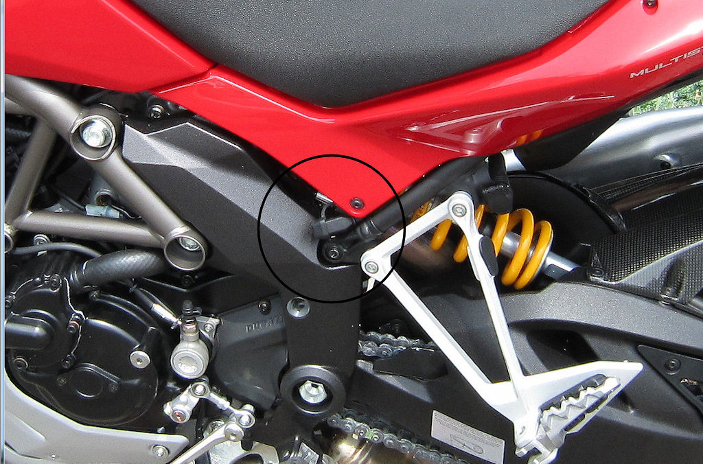 902511156_vTuTt XL trickle charger connection to 1200s ducati ms the ultimate  at bayanpartner.co
