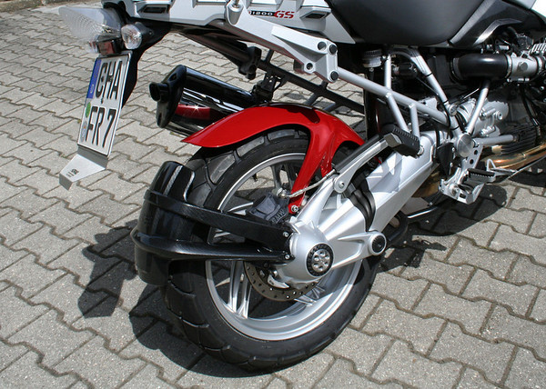 Hornig R1200GS accessories - R1200GS hugger and carbon fender