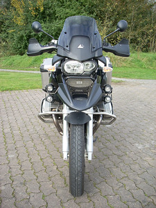 R1200GS Dieserto III fairing from Touratech and Hella HID